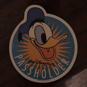 Disney passholder magnet